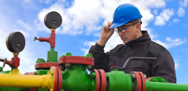 All employers, employees, and contractors within all three segments of the oil and gas industry (upstream, midstream, and downstream) are responsible for ensuring safe and healthful work sites.
