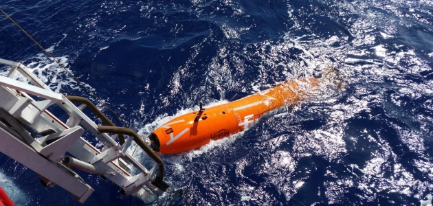 This July 2015 photo shows an autonomous underwater vehicle being deployed in the underwater search for the missing MH370 aircraft. (ATSB photo)