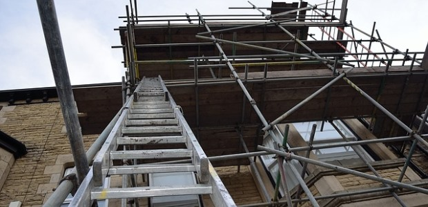 The number of work-related ladder falls, fatal and non-fatal, in 2011 indicate there is a need for innovative solutions to be developed, the NIOSH team concluded.