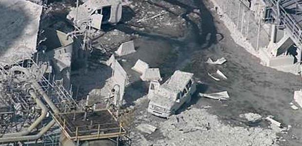 Four workers were treated for minor injuries after the explosion at the Torrance, Calif., refinery. The explosion