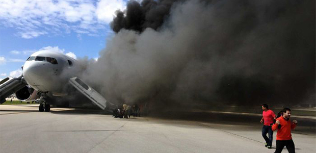 Jetliner Engine Catches on Fire at Fort Lauderdale Airport