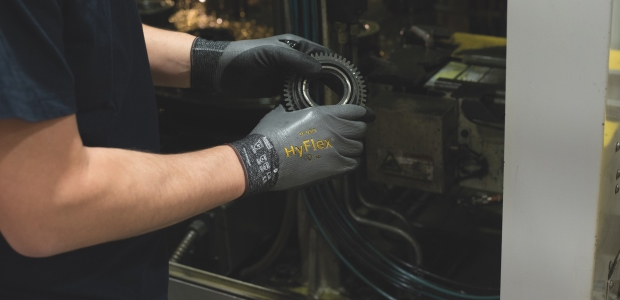 If a glove increases hand fatigue, it can cause chronic, degenerative conditions such as tendinitis and arthritis. It can lead to dropped objects, wasted inventory, and increased time off for workers. (Ansell photo)