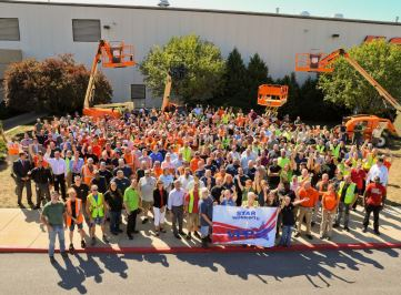 In 2016, JLG's Shippensburg and Bedford, Pa., facilities achieved VPP STAR Site certification, the highest VPP certification level awarded by OSHA. Here, JLG employees celebrate at a ceremony attended by Oshkosh and JLG executives, OSHA representatives, and local dignitaries.